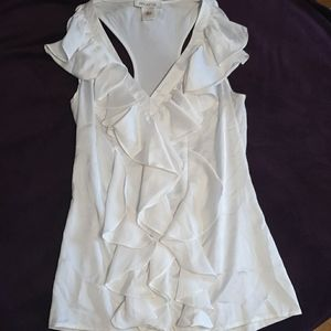 V-neck dressy sleeveless blouse